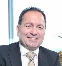 Jürgen Walker is sales engineer