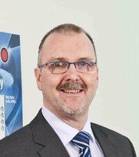 Dirk Plässer is sales engineer