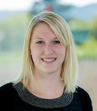 Ines Andrä is head the inside sales department for passive components