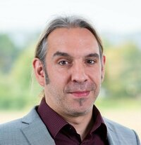 Peter Ullrich is assistant in product management
