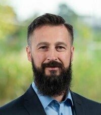 Marco Zuckmantel is sales engineer